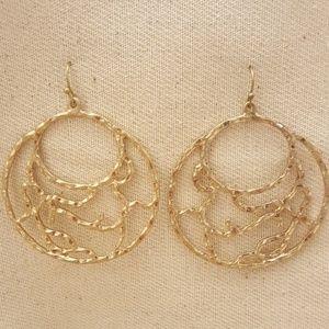 Jewelry - Filigree Circle Earrings
